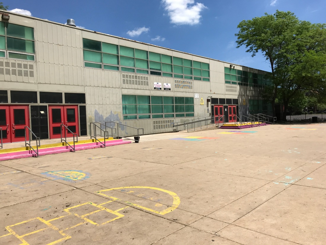 Photo of the courtyard at Darwin Elementary